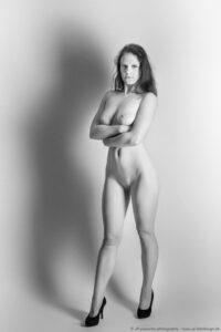 Klassischer Akt - Model - Stil Helmut Newton